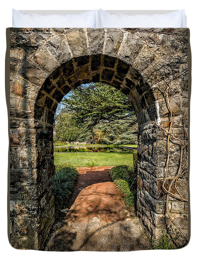 Garden Duvet Cover featuring the photograph Garden Archway by Adrian Evans