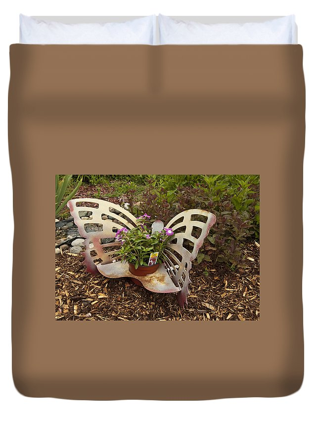 St. Clair County Duvet Cover featuring the photograph Garden Art by Paul Cannon