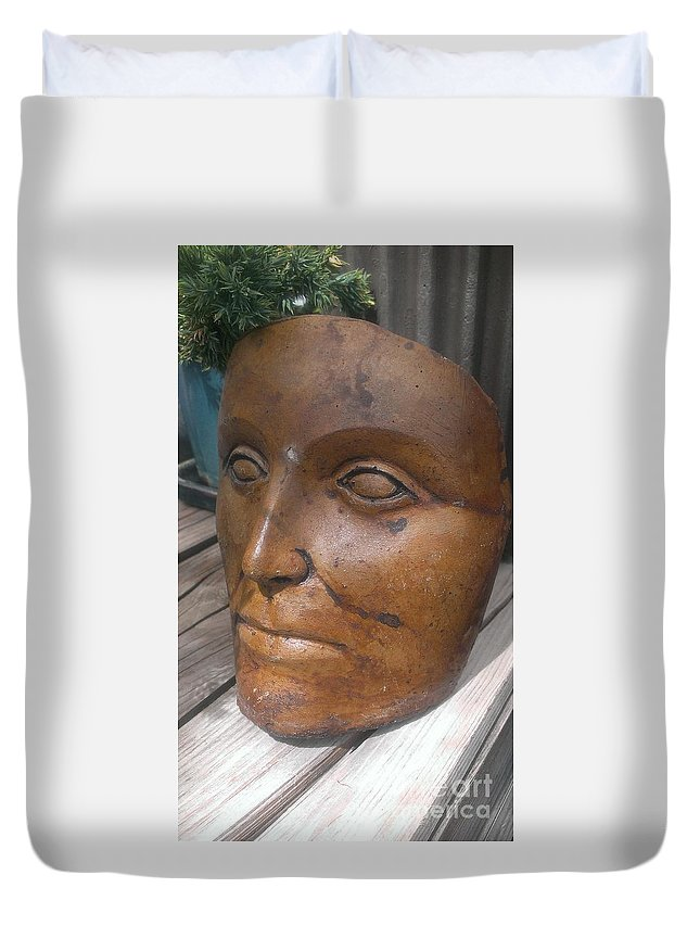 Face Duvet Cover featuring the photograph Garden Face by LKB Art and Photography