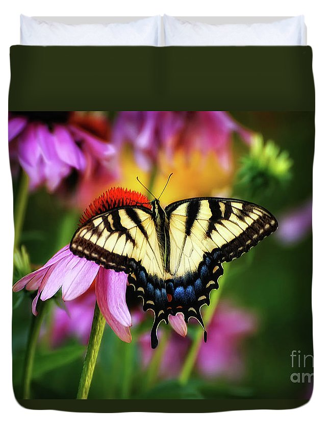 Butterfly Duvet Cover featuring the photograph Garden Jewelry by Lois Bryan