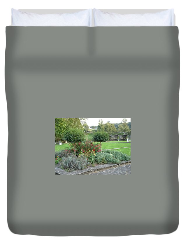 Inistioge Duvet Cover featuring the photograph Garden On The Banks Of The Nore by Kelly Mezzapelle