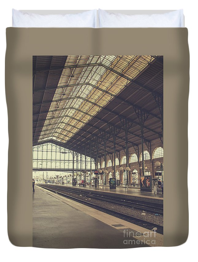 France Duvet Cover featuring the photograph Gare Du Nord by Patricia Hofmeester