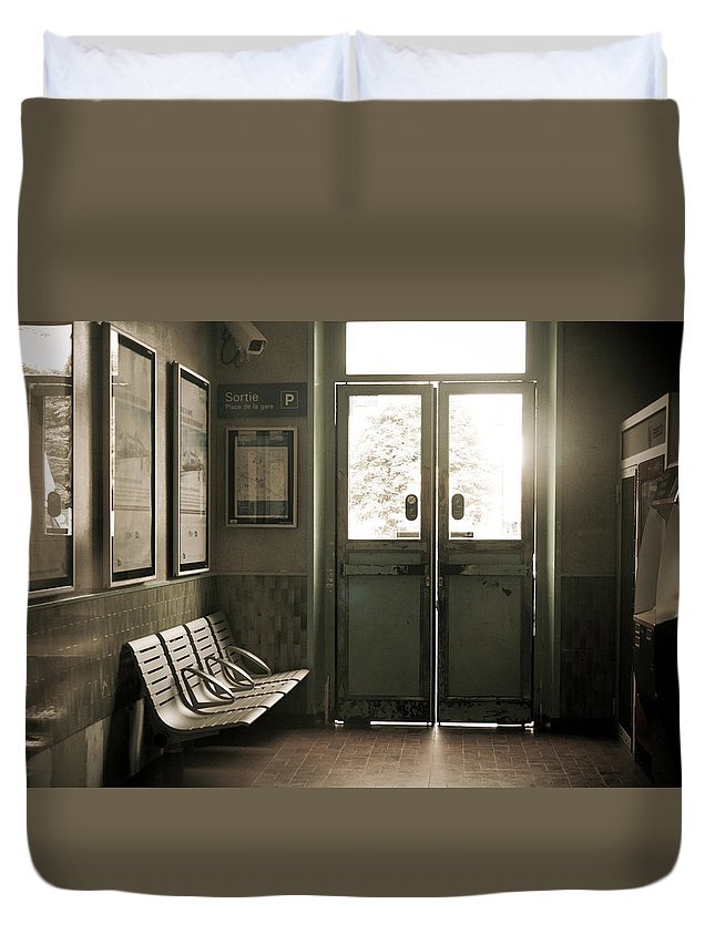Train Station Duvet Cover featuring the photograph Gare by Sophia Pagan