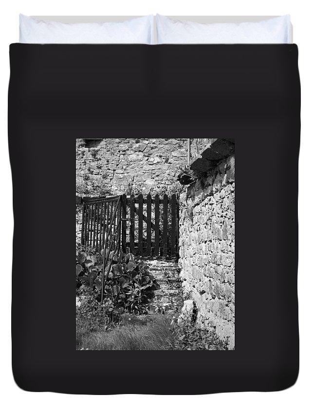 Irish Duvet Cover featuring the photograph Gate At Dunguaire Castle Kinvara Ireland by Teresa Mucha