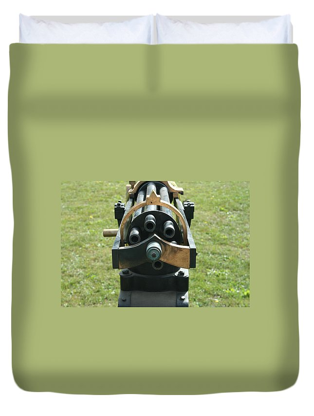 Civil War Duvet Cover featuring the photograph Gattling Gun by Tommy Anderson