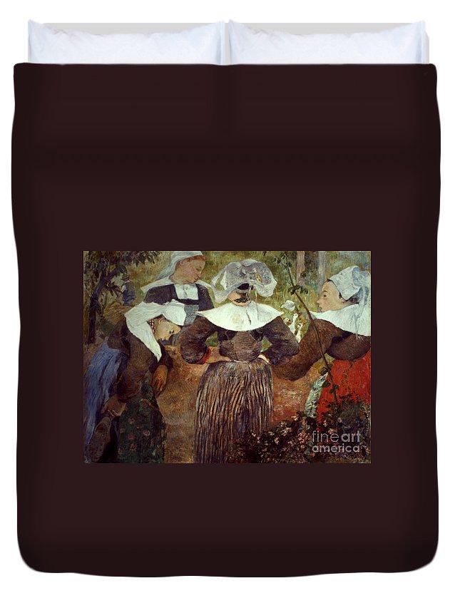 1886 Duvet Cover featuring the photograph Gauguin: Breton Women by Granger
