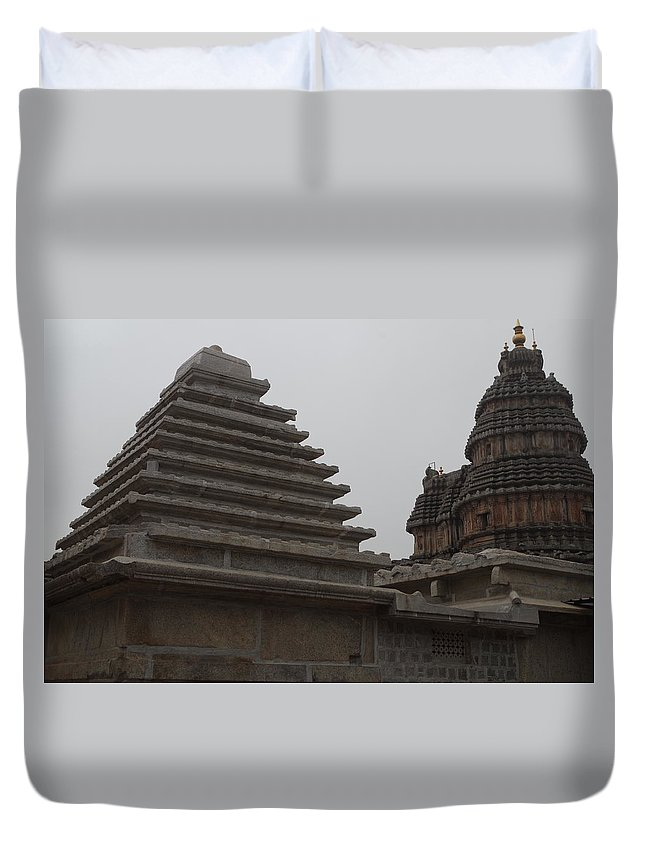 Architecture Duvet Cover featuring the photograph Geometry by Satish Kumar