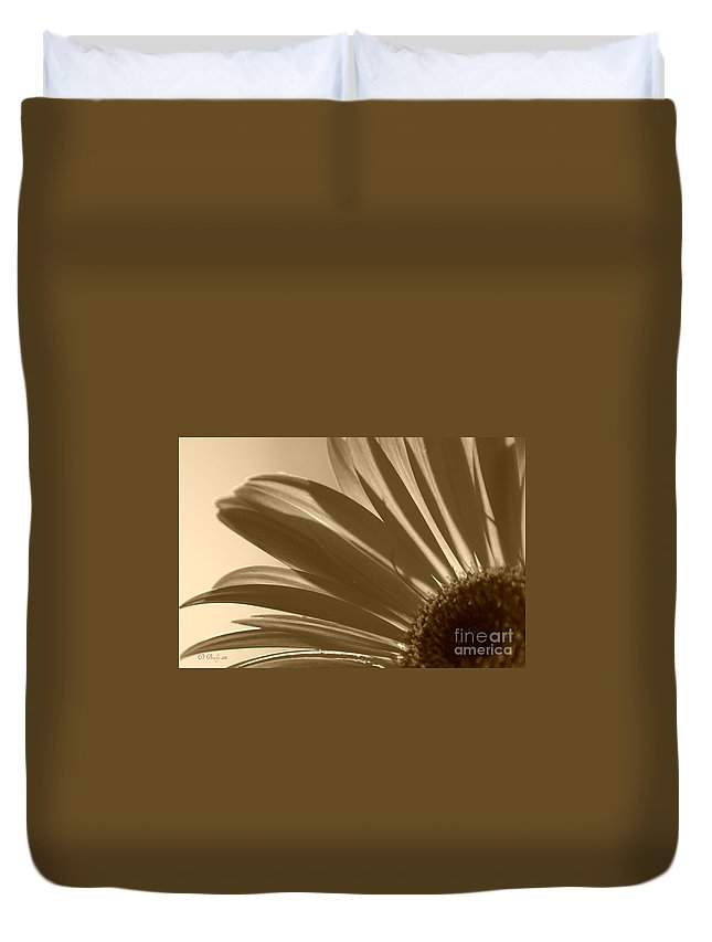 Gerber Daisy Duvet Cover featuring the photograph Gerber Flower by Donna Bentley
