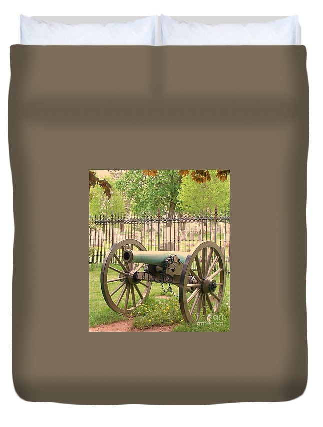 Gettysburgs Duvet Cover featuring the painting Gettysburg Cannon Cemetery Hill by Eric Schiabor