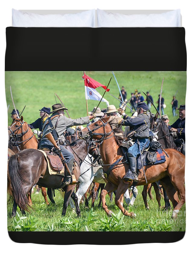 150th Duvet Cover featuring the photograph Gettysburg Cavalry Battle 8021c by Cynthia Staley