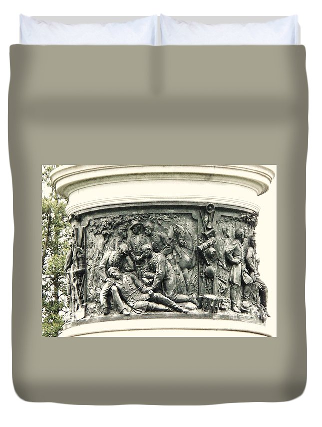 Gettysburg Duvet Cover featuring the photograph Gettysburg Monument by Eric Schiabor