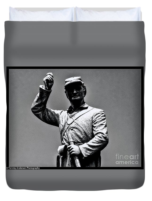 Gettysburg Duvet Cover featuring the photograph Gettysburg National Battlefield Park by Tommy Anderson