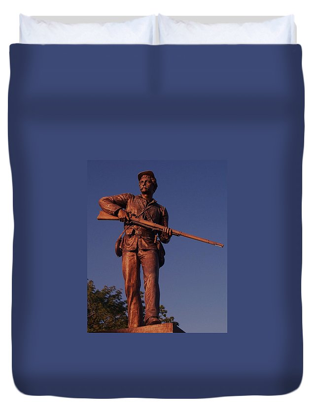 Gettysburg Duvet Cover featuring the photograph Gettysburg Statue by Eric Schiabor