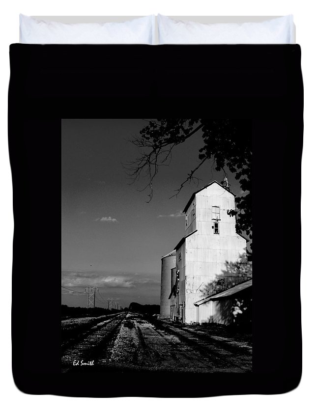 Original Photograph Duvet Cover featuring the photograph Ghost Town by Ed Smith