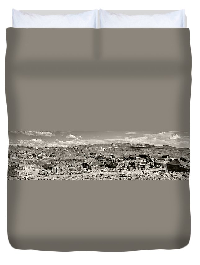 Bodie Duvet Cover featuring the photograph Ghostly Panorama Tobacco by Ricky Barnard