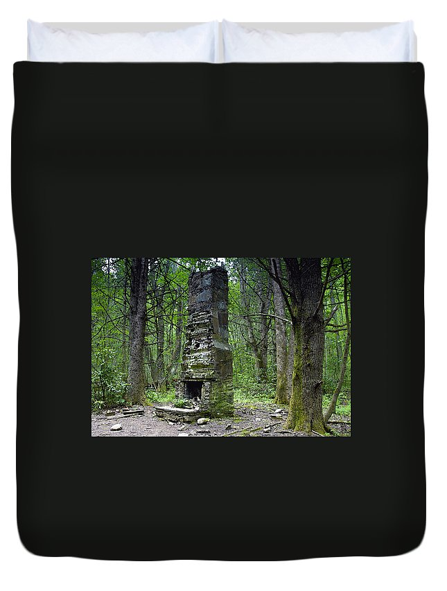Chimney Duvet Cover featuring the painting Ghostly Reminder by David Lee Thompson