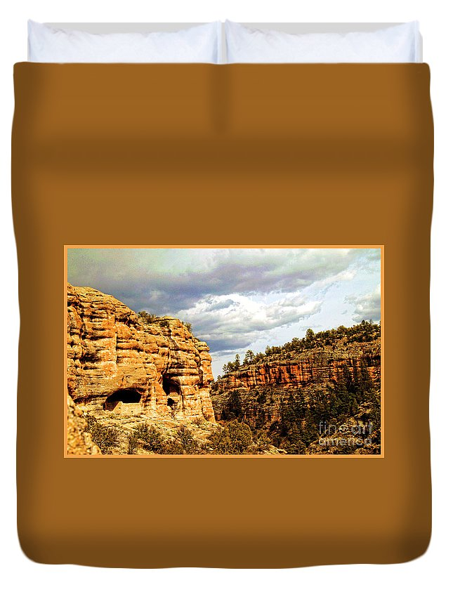 Gila Cliff Dwellings National Monument Duvet Cover featuring the photograph Gila Cliff Dwellings National Monument by Doug Berry