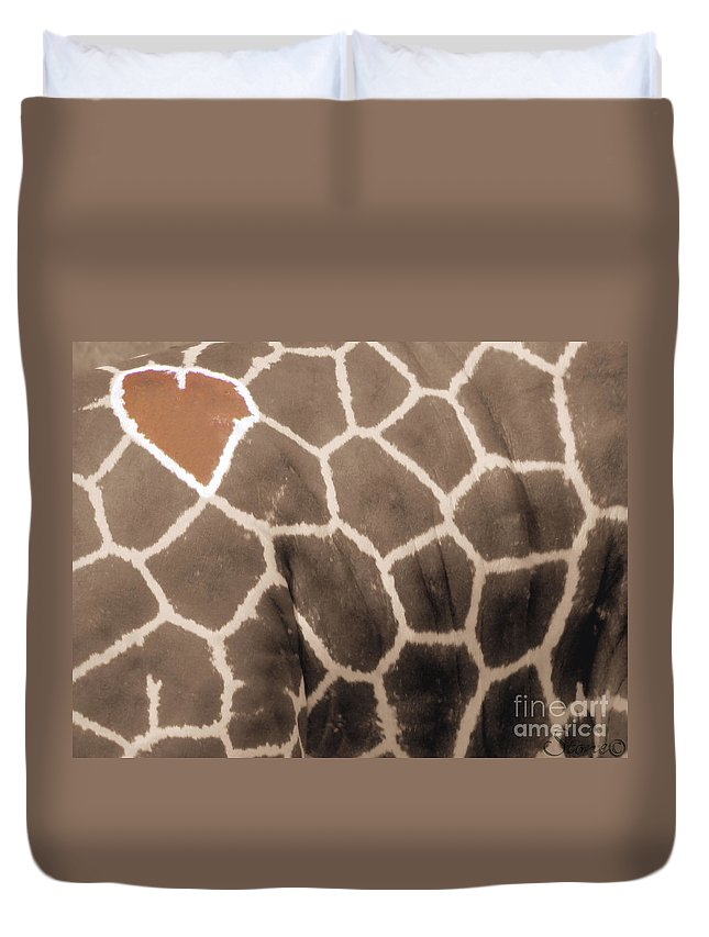 Grraffe Duvet Cover featuring the photograph Giraffe Love by September Stone