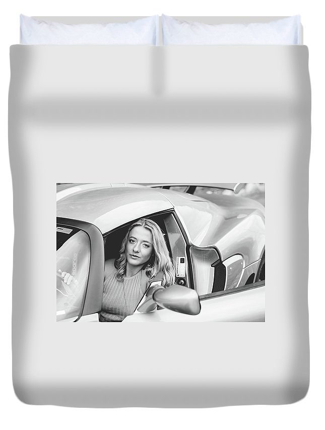 Girl Duvet Cover featuring the photograph Girl In Car by Lisa Lemmons-Powers