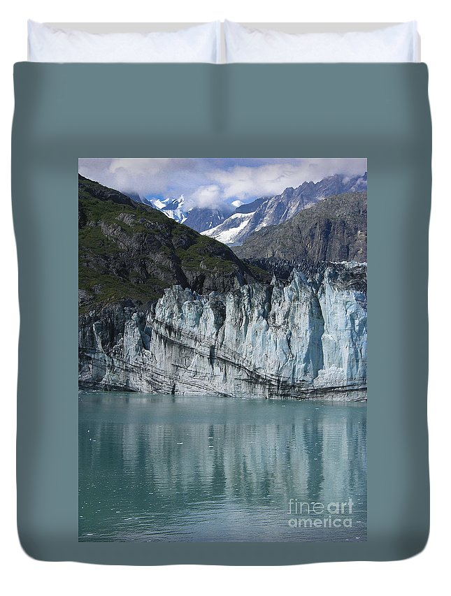 Glacier Bay Duvet Cover featuring the photograph Glacier Bay Majesty by Sandra Bronstein