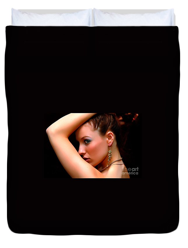 Clay Duvet Cover featuring the photograph Glam Girl by Clayton Bruster