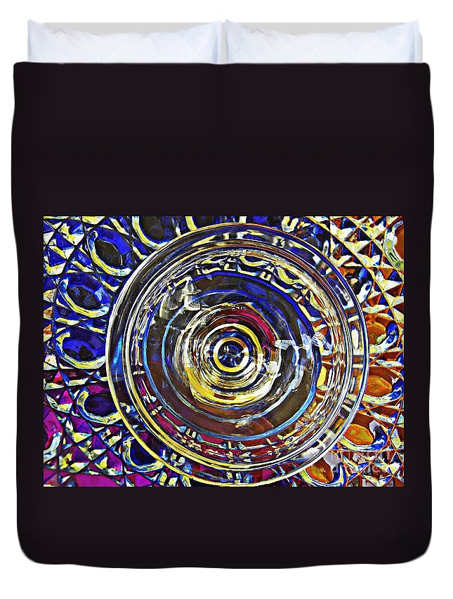 Abstract Duvet Cover featuring the photograph Glass Abstract 587 by Sarah Loft