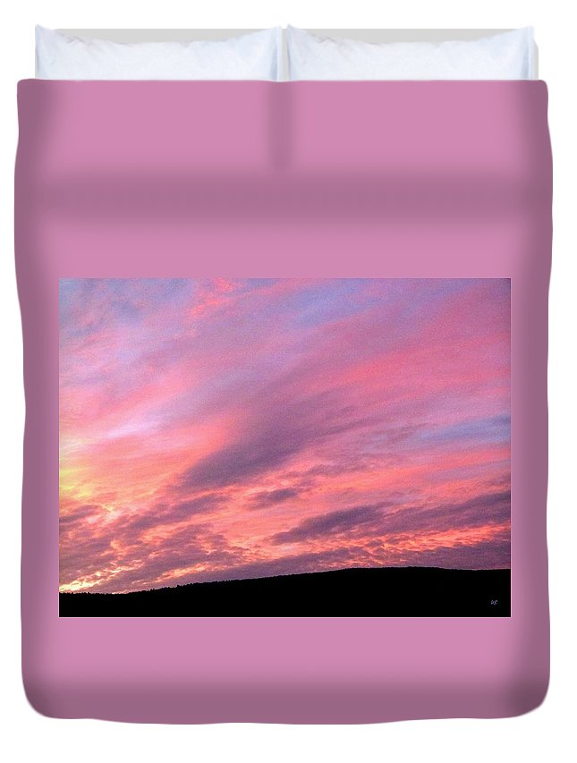 Sunset Duvet Cover featuring the photograph Glorious Nightfall by Will Borden