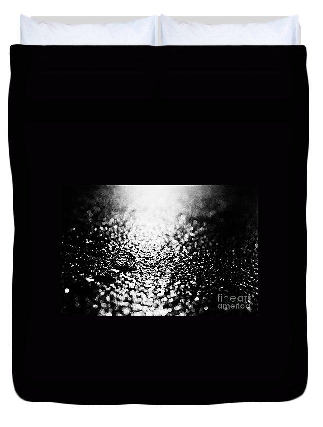 Asphalt Duvet Cover featuring the photograph Gloss by Agusti Pardo Rossello
