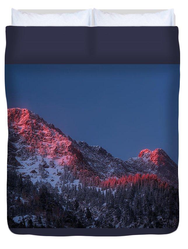 Little Cottonwood Canyon Duvet Cover featuring the photograph Glowing Little Cottonwood Canyon by Prajit Ravindran