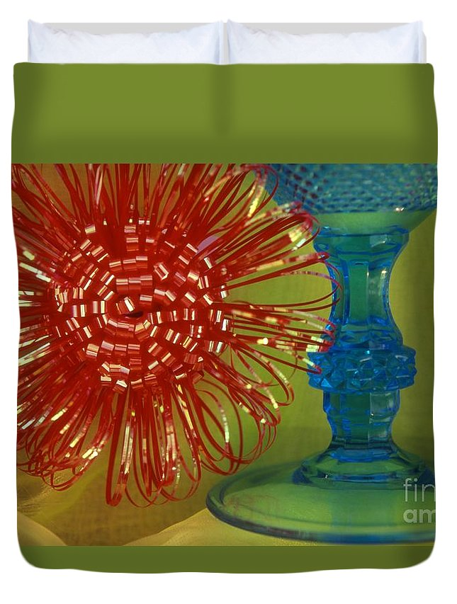 Color Duvet Cover featuring the photograph Goblet Bow by Tamarra Tamarra