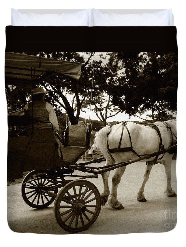 Driver Duvet Cover featuring the photograph Going Home by RC DeWinter