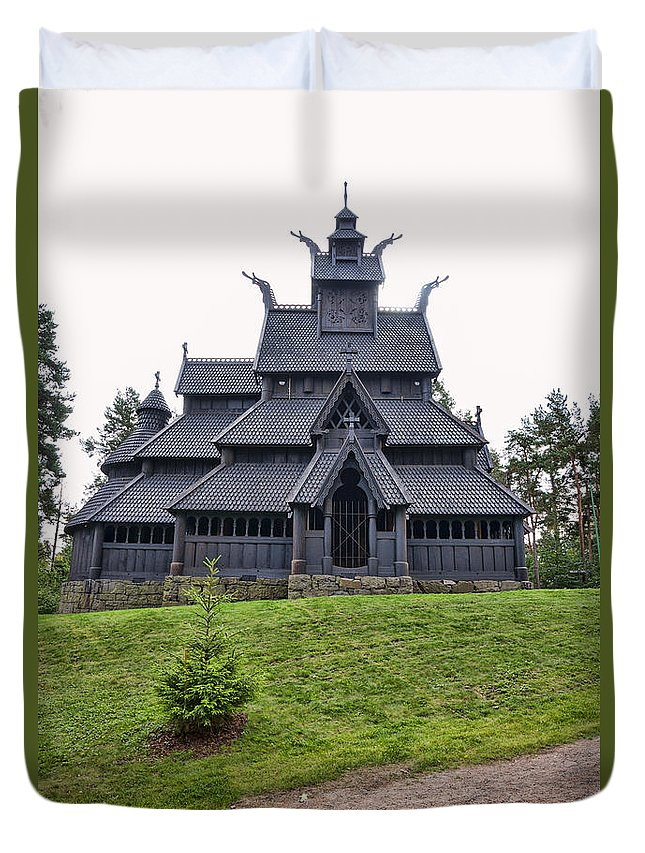 1200 Duvet Cover featuring the photograph Gol Stave Church by Jens Lambert