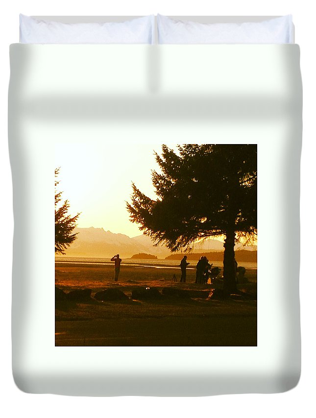 Sunset Duvet Cover featuring the photograph Gold Sunset by Erik Roeser