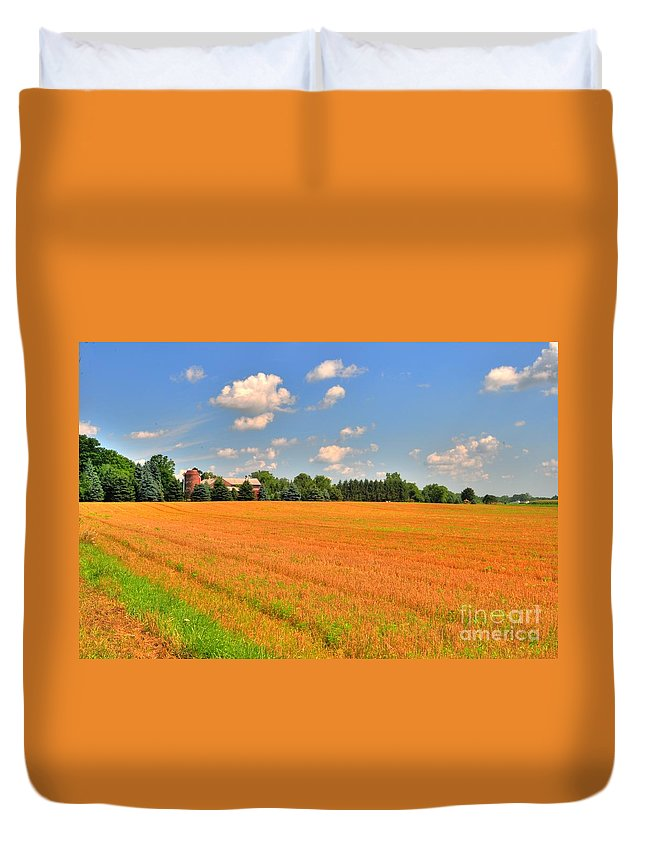 Farm Duvet Cover featuring the photograph Golden Field by Kathleen Struckle