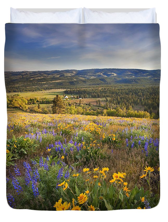 Wildflowers Duvet Cover featuring the photograph Golden Valley by Mike Dawson