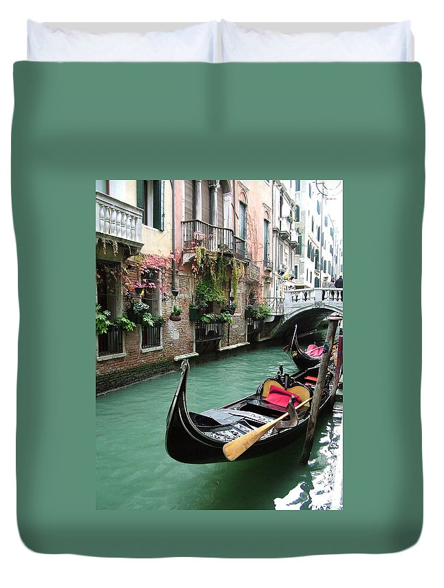Venice Photos Duvet Cover featuring the photograph Gondola By The Restaurant by Donna Corless
