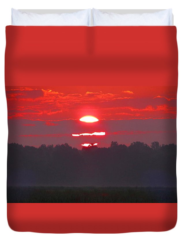 Sunset Duvet Cover featuring the photograph Dawn At Old River by Gina Welch