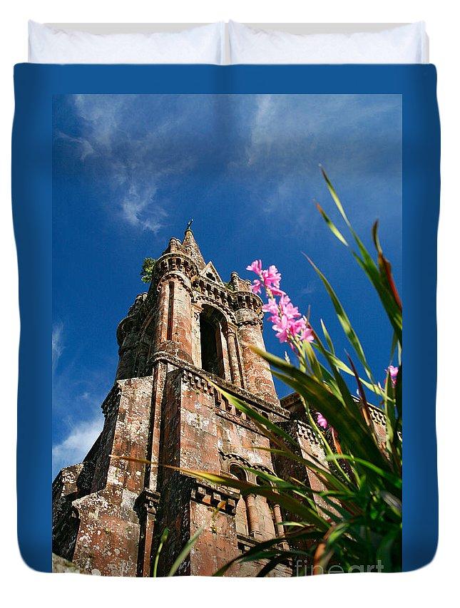 Architecture Duvet Cover featuring the photograph Gothic Chapel by Gaspar Avila