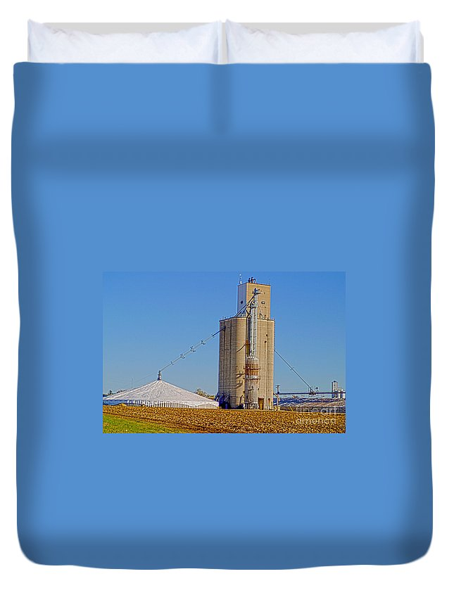 Rural Duvet Cover featuring the photograph Grain Storage Hdr No1 by Alan Look