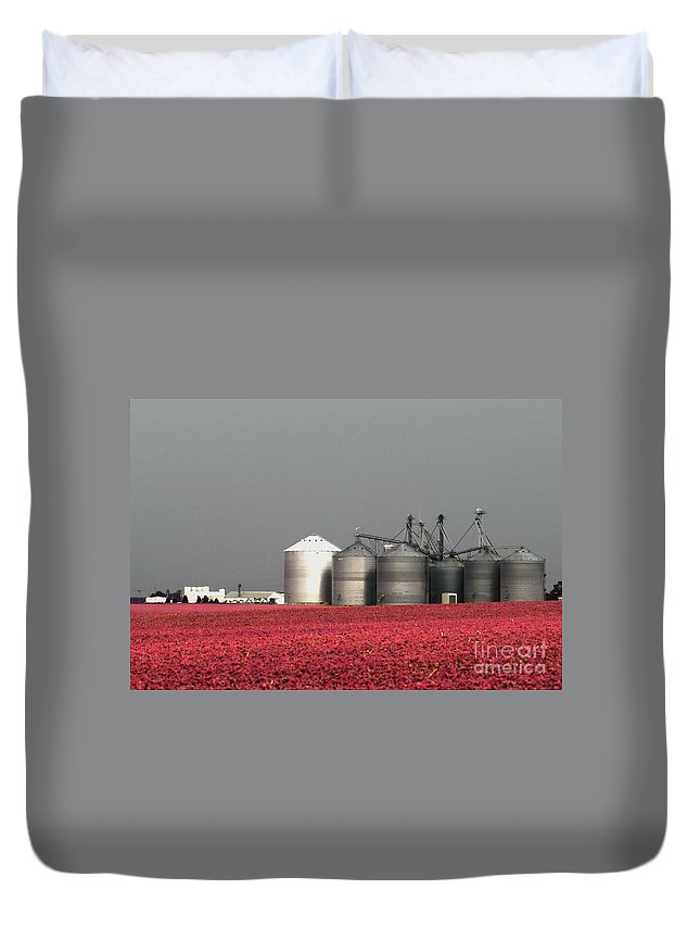 Illinois Duvet Cover featuring the photograph Grain Storage Infrared No1 by Alan Look