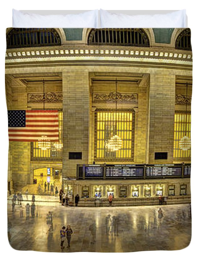 Grand Central Duvet Cover featuring the photograph Grand Central by Michael Tischler