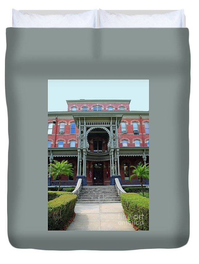 Unviersity Of Tampa Duvet Cover featuring the photograph Grand Entrance by Jost Houk