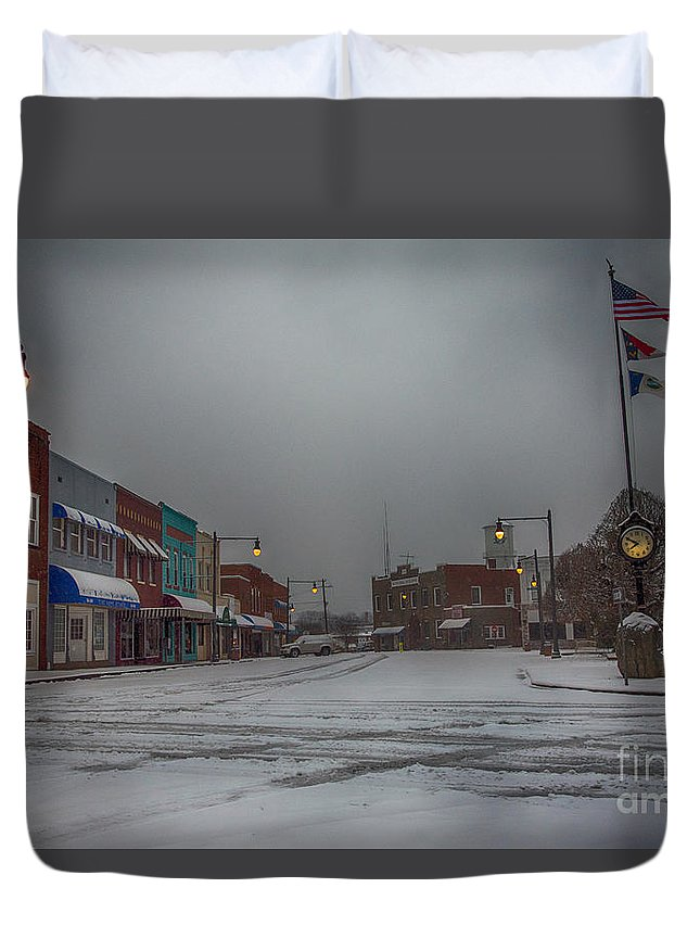 Blizzard Duvet Cover featuring the photograph Granite Falls Snow by Robert Loe