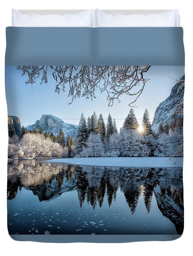 Yosemite Duvet Cover featuring the photograph Granite Sunrise by Greg Wyatt
