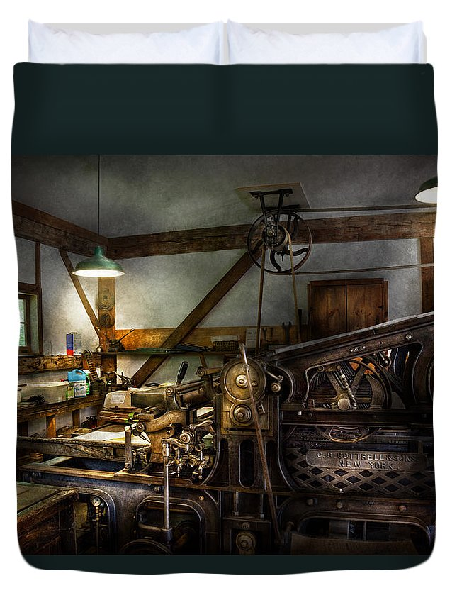 Printer Duvet Cover featuring the photograph Graphic Artist - Master Press by Mike Savad