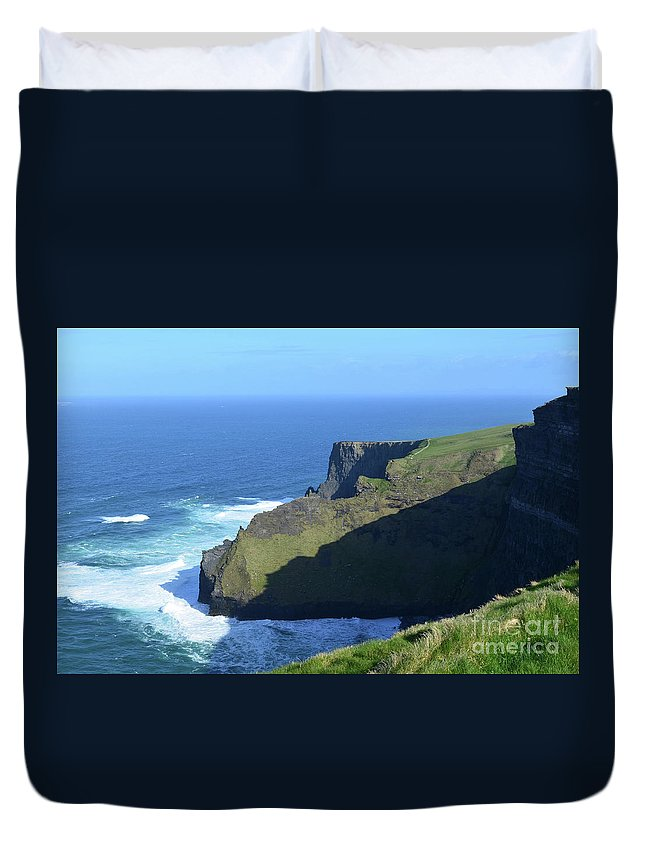 Cliffs-of-moher Duvet Cover featuring the photograph Grass Growing Along The Sea Cliffs In Ireland by DejaVu Designs