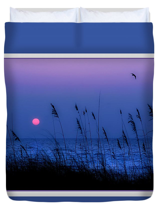 Grass Duvet Cover featuring the photograph Grasses Frame The Setting Sun In Florida by Mal Bray