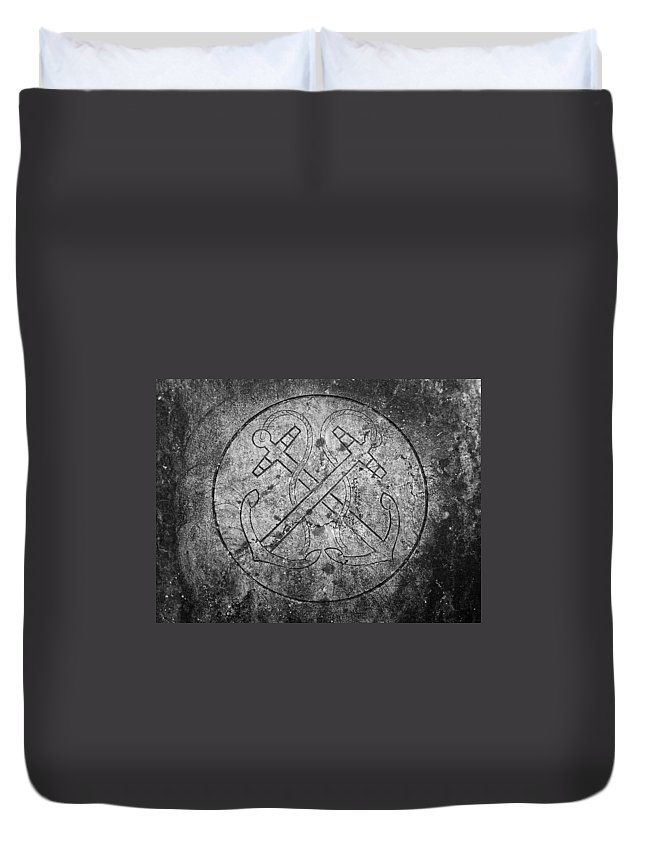 Irish Duvet Cover featuring the photograph Grave Of Cadet Soady Macroom Ireland by Teresa Mucha