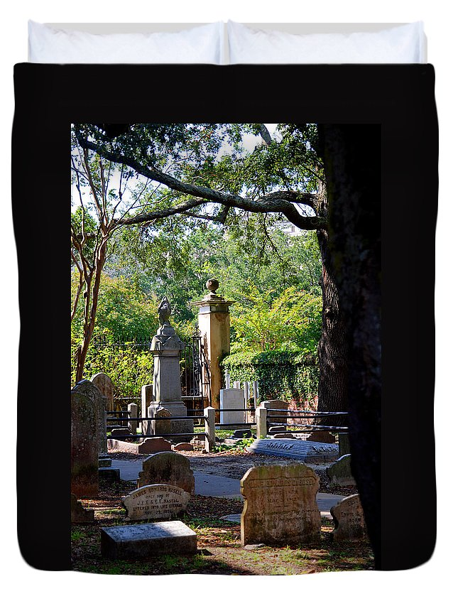 Photography Duvet Cover featuring the photograph Graveyard In Charleston by Susanne Van Hulst