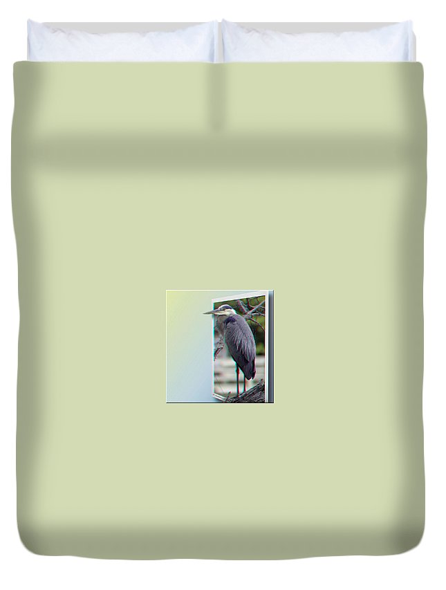 3d Duvet Cover featuring the photograph Great Blue Heron - Red-cyan 3d Glasses Required by Brian Wallace